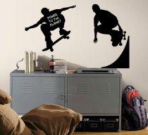 Loftowy pokój nastolatka